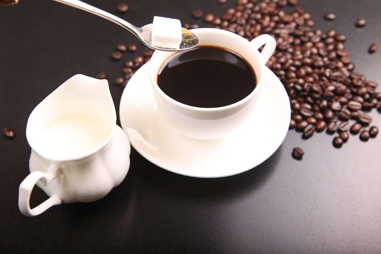 Может, кофе?