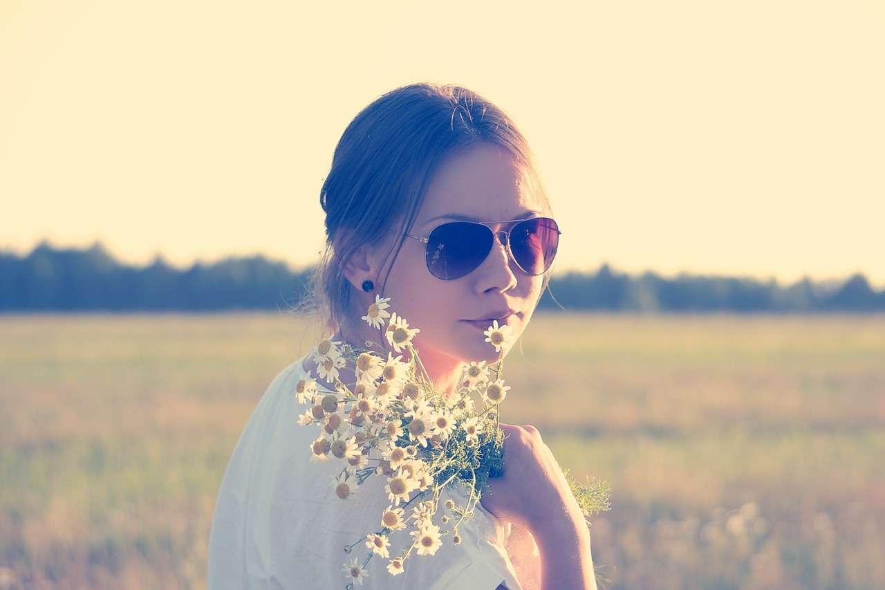 Солнцезащитные очки – взрослым и детям