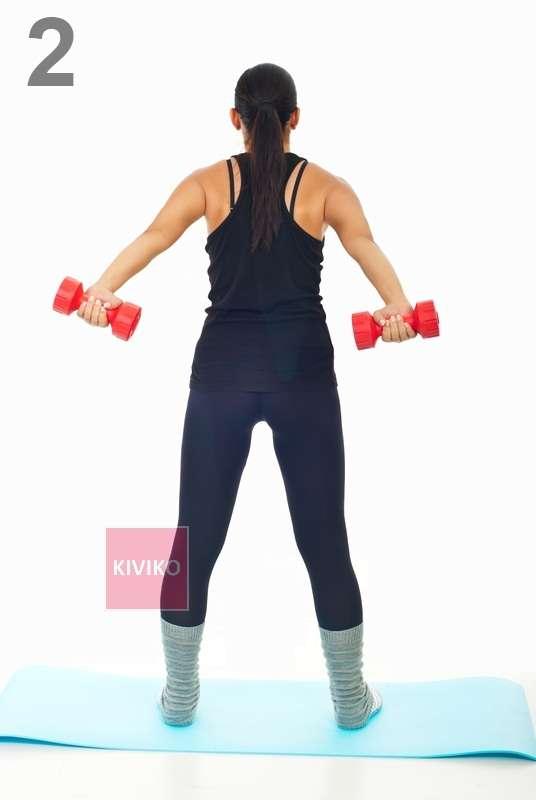 Упражнения с гантелями для груди, спины и плеч