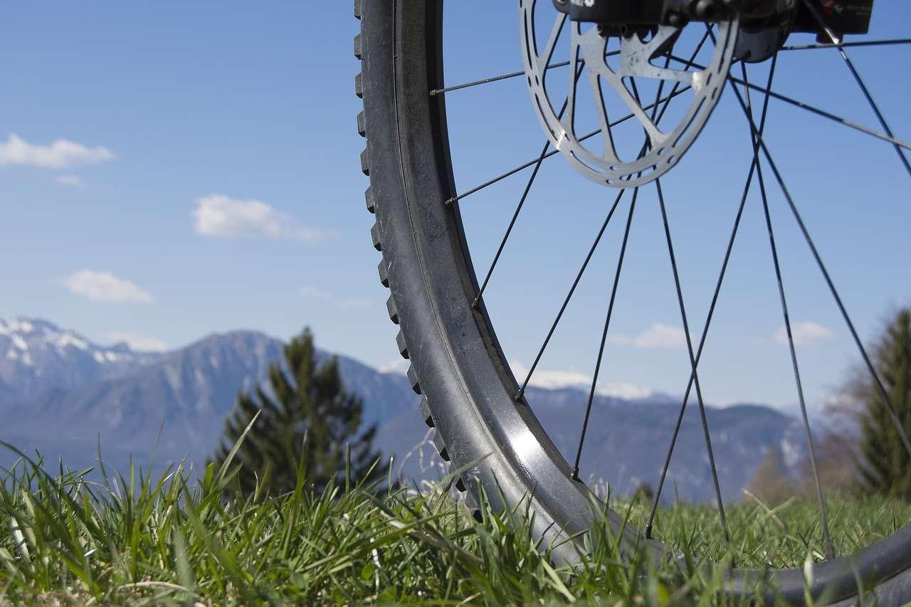 горы велосипед