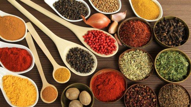 Спеції зроблять ваші страви ще смачнішими - фото 296936