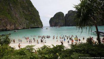 Стало известно, когда откроют для посещения самый известный пляж Таиланда