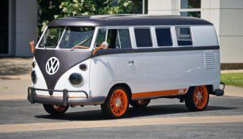 Автомобиль для хиппи: Volkswagen анонсировал електробус Type 20