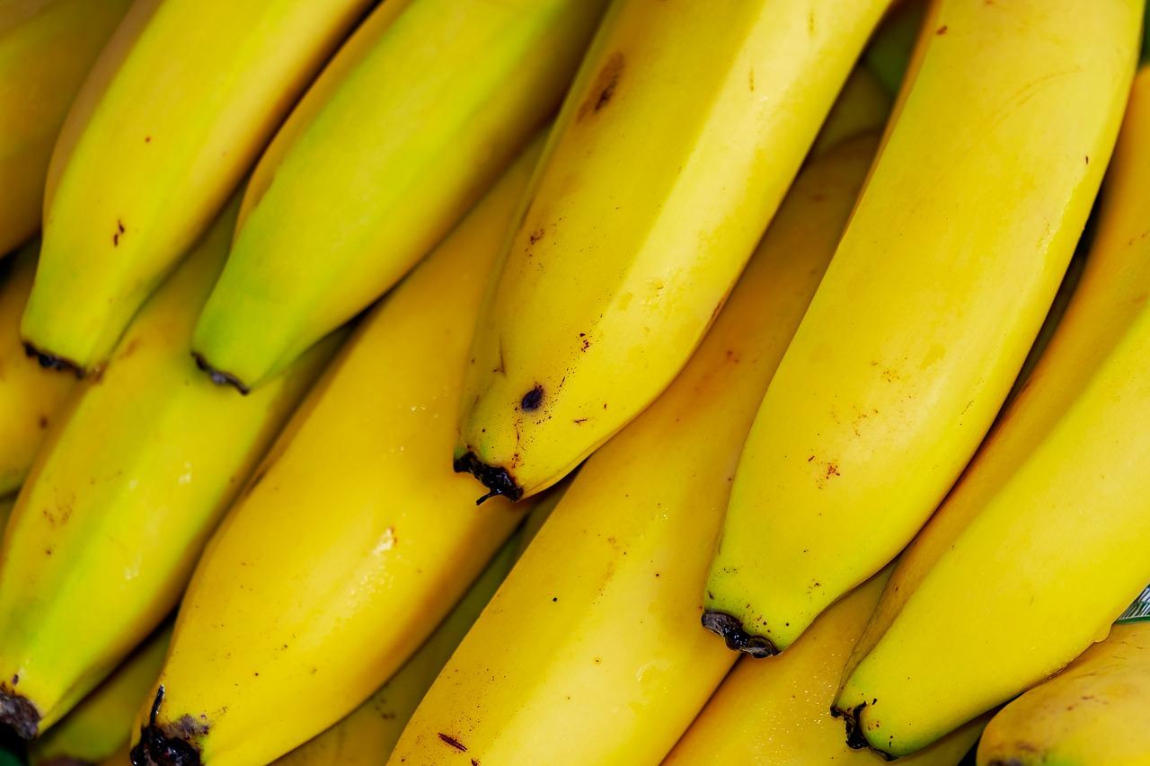 Почему бананы чернеют
