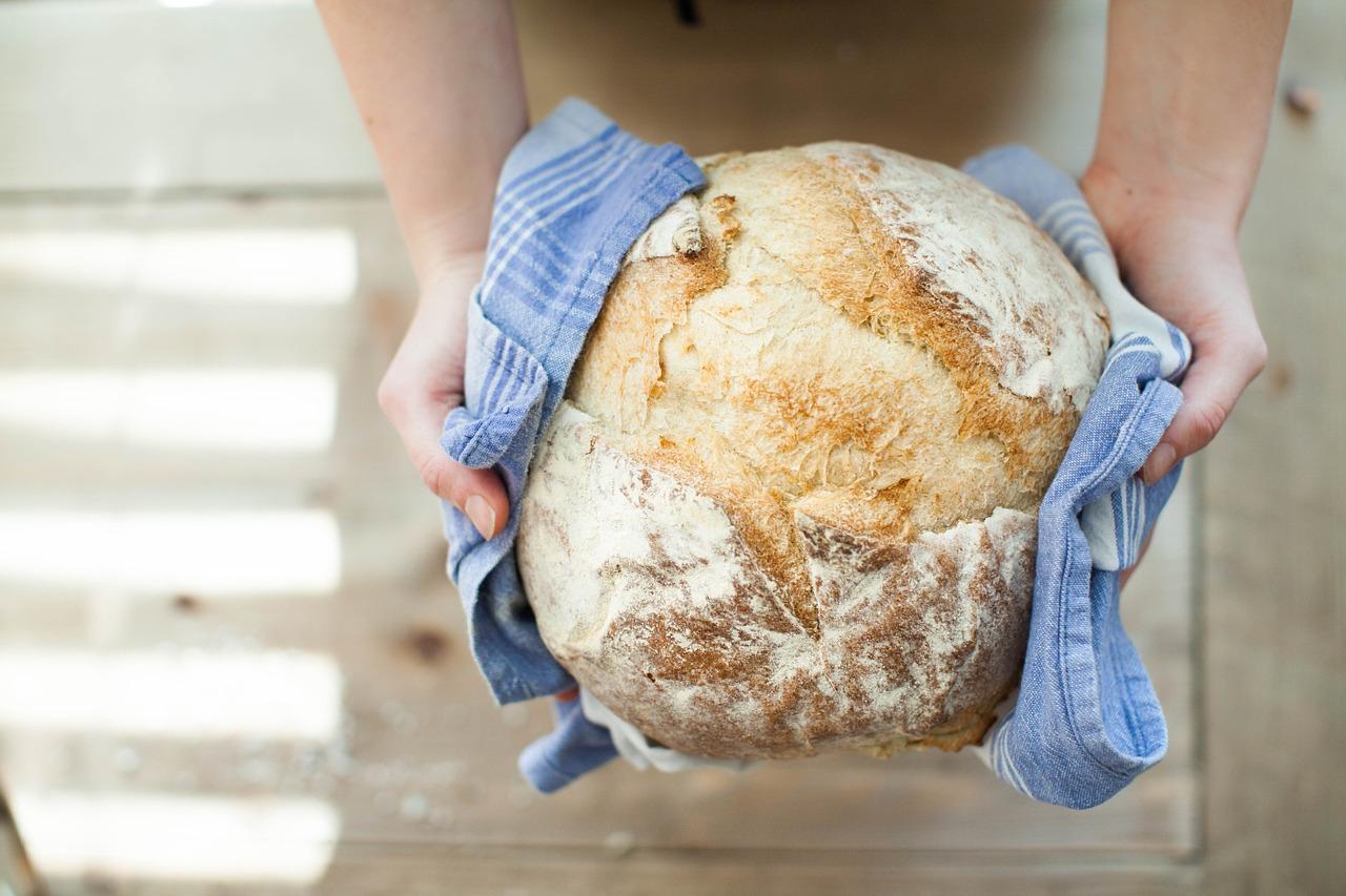 Почему черствеет хлеб